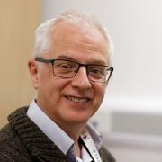 Dr David Attwood