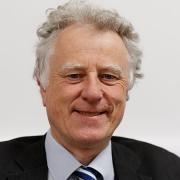 Dr Tim Cox
